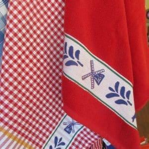teatowels Renesse red