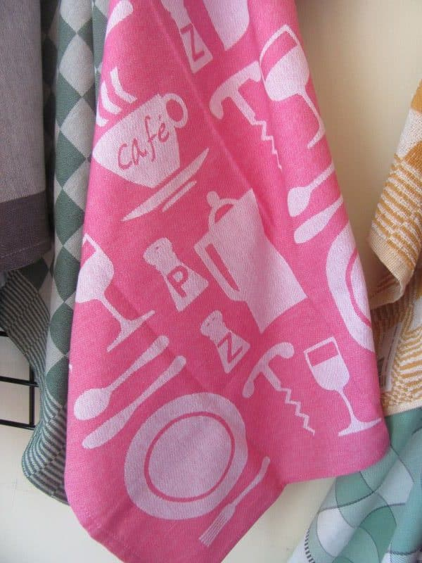teatowels pink cafe