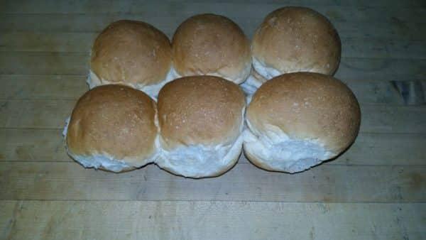 VS White buns